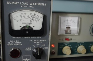 Waters Dummy Load - Wattmeter and DX-60A producing power